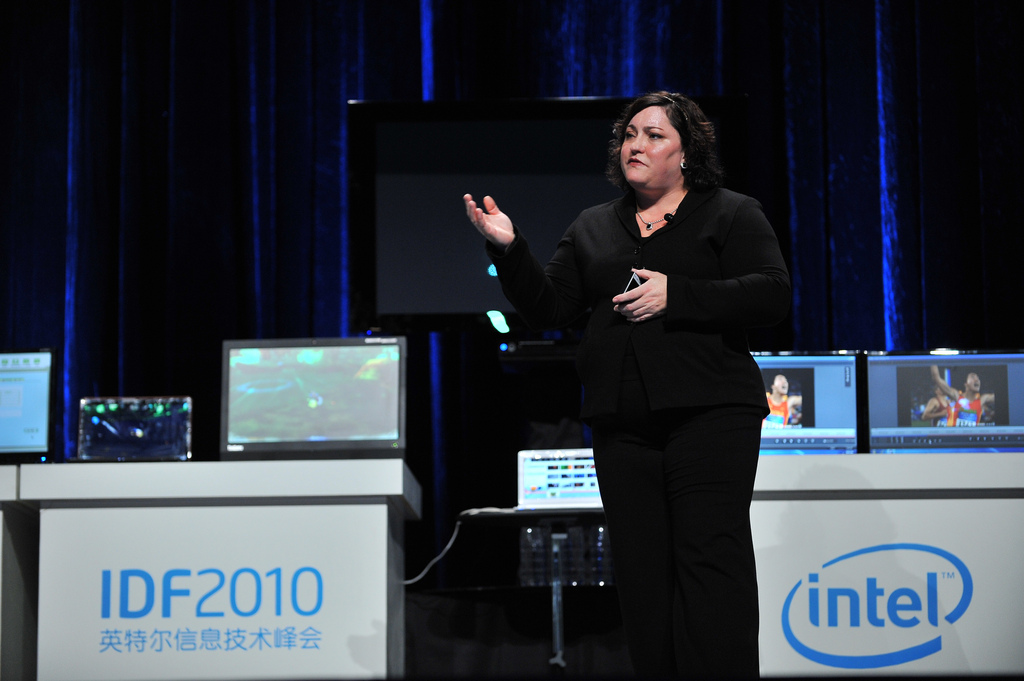 INtel-IDF2010-flickr-ccl-name-glBed-IntelFreePress