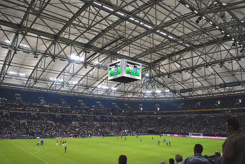 800px-Veltins_Arena_T-Home_Cup[1]